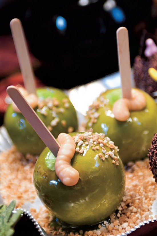 Candy Apples With Gummy Worms Recipe