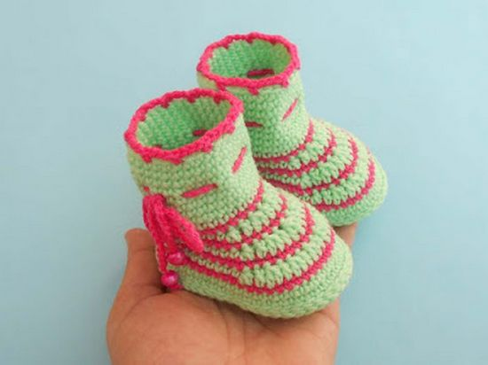 Free Crochet Easy Latest Baby Booties Pattern