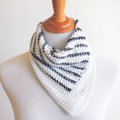 Free Crochet Striped Neck Scarf Pattern