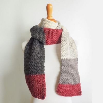 Free Crochet The Boyfriend Scarf Pattern