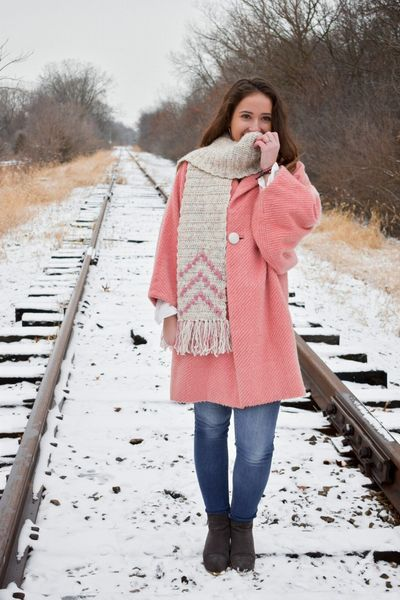 Free Crochet Bobbles Up Scarf Pattern