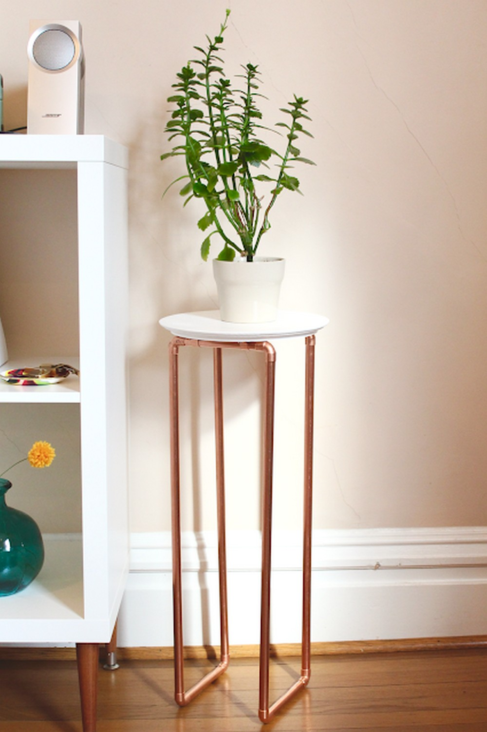 DIY Copper Pipe End Table