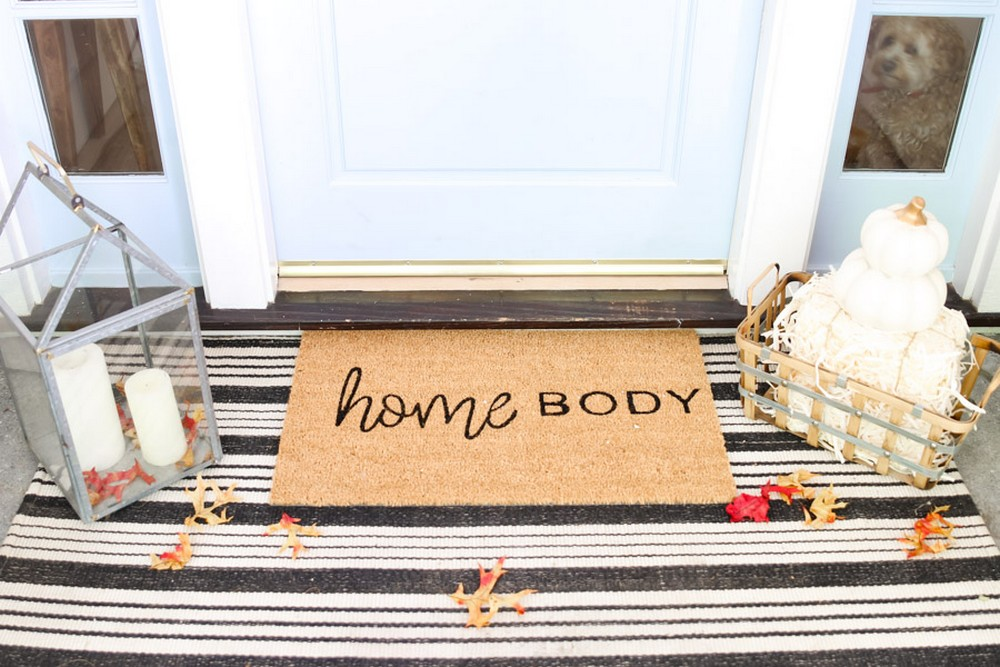 DIY Doormat For Your Fall Front Porch