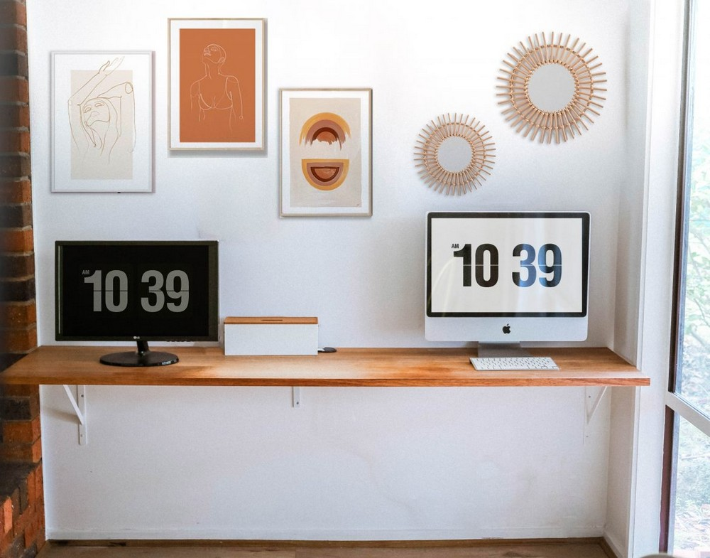 How To Build A DIY Floating Desk